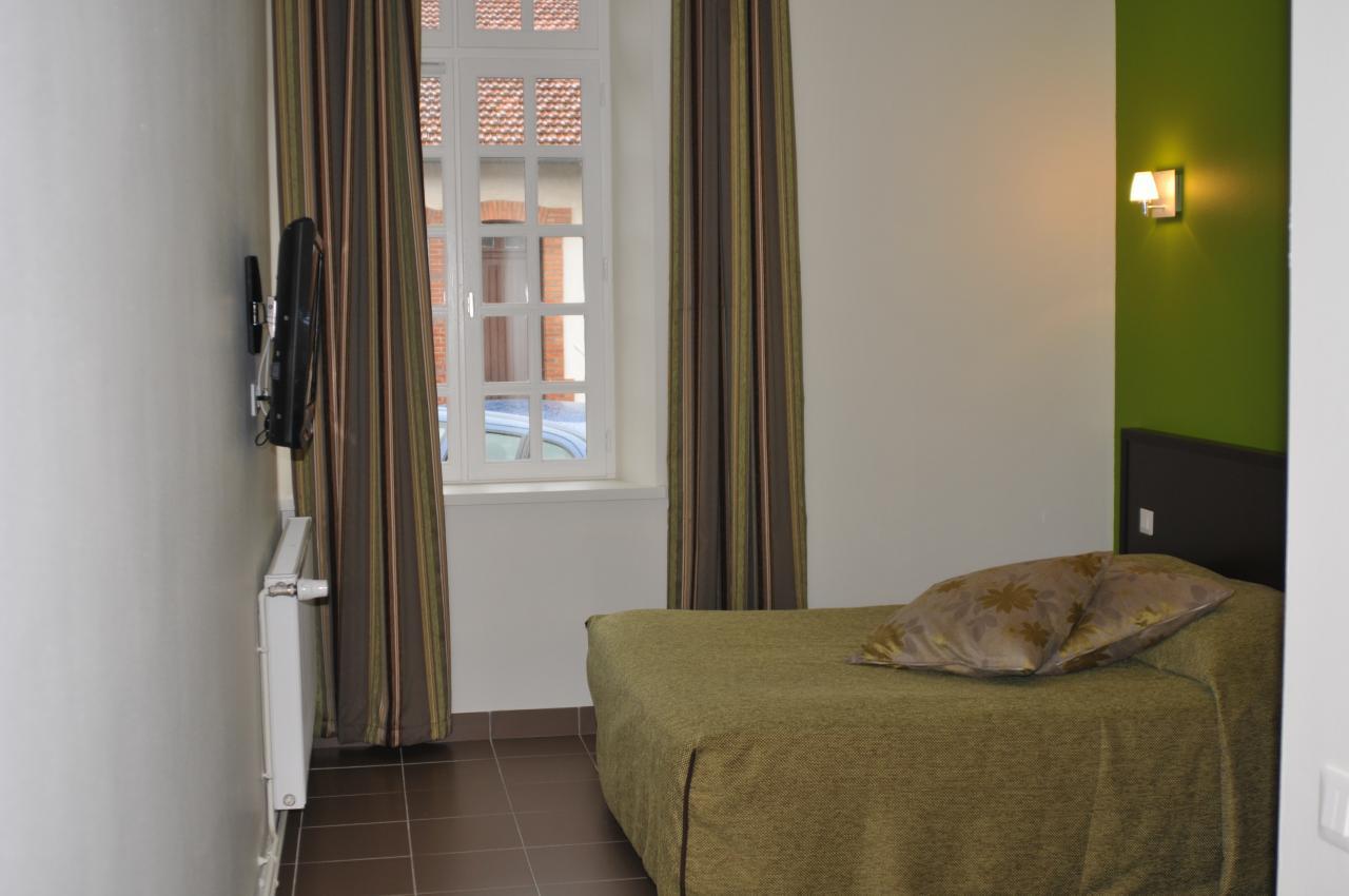 H tel - Hotel lyon chambre 4 personnes ...